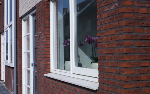New construction window sills enclosed houses and 3 faced houses, Apeldoorn. Terca ceramic, black and white window sills.